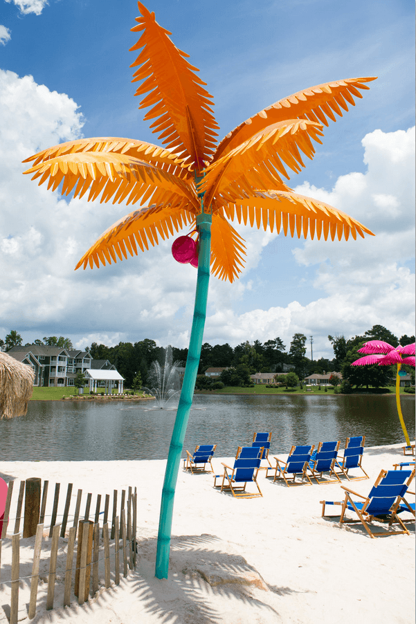 lakeside-village-metal-palm-tree